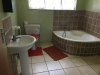 alford-house-bathroom-2